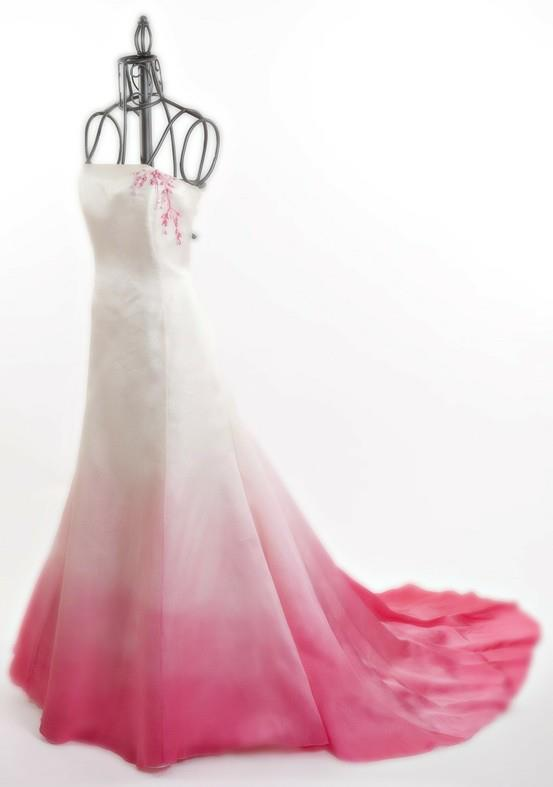 Ombre your fairytale wedding for Pink ombre wedding dress