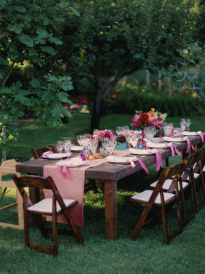 Photo from: http://www.projectwedding.com/real_wedding/show/namrita-roman-santa-barbara-ca/3